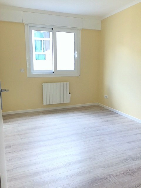 Location appartement Paris 15ème 1 945€ CC - Photo 10