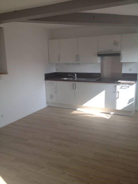 Rental apartment Bretigny-sur-orge 781€ CC - Picture 2