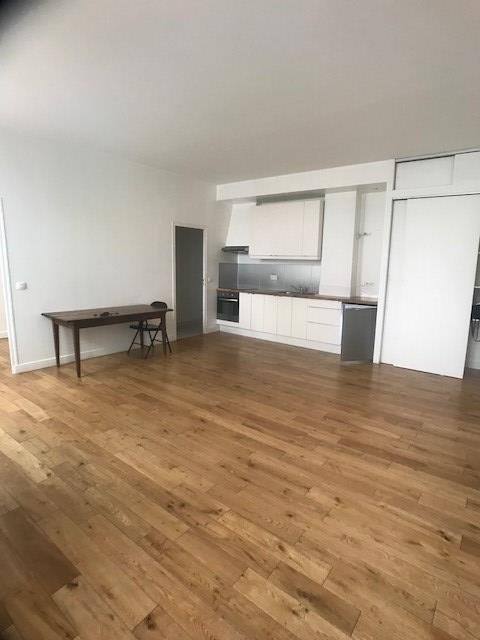 Venta  apartamento Paris 10ème 370000€ - Fotografía 2