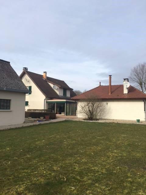 Sale house / villa Louhans 280000€ - Picture 1