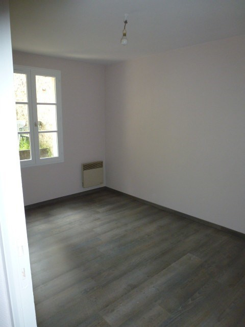 Location appartement Coutances 427€ CC - Photo 4