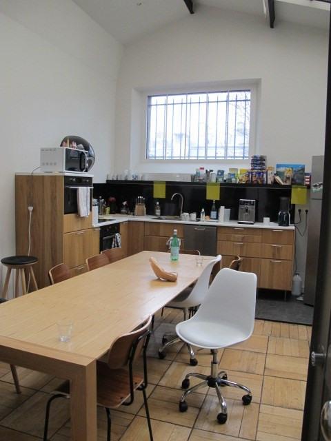 Rental office Paris 10ème 15642,44€ HT/HC - Picture 2