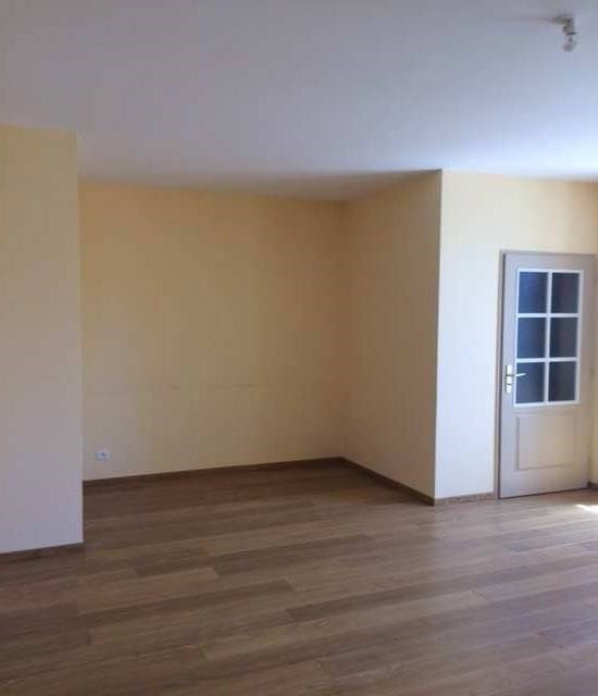 Location appartement Cuisery cente ville 550€ +CH - Photo 3