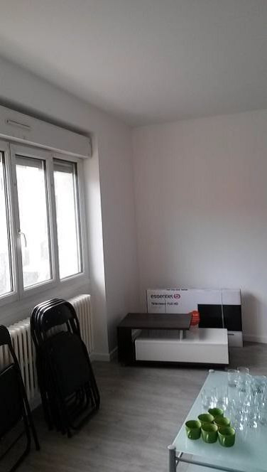 Rental apartment La verpilliere 700€ CC - Picture 3