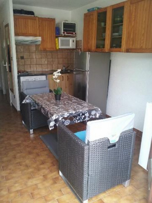 Vacation rental apartment Bandol 270€ - Picture 3