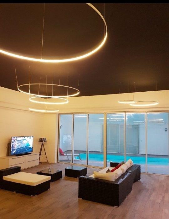 Deluxe sale house / villa La roche-sur-yon 643750€ - Picture 1