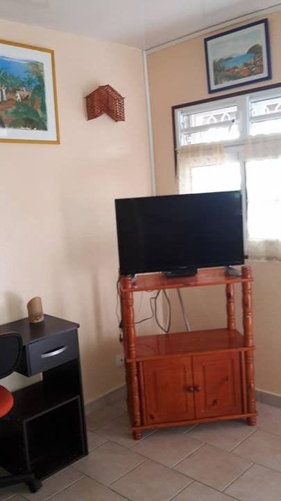 Rental apartment Baillif 600€ CC - Picture 7