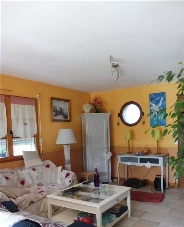 Rental house / villa Montfaucon-montigne 810€ CC - Picture 2