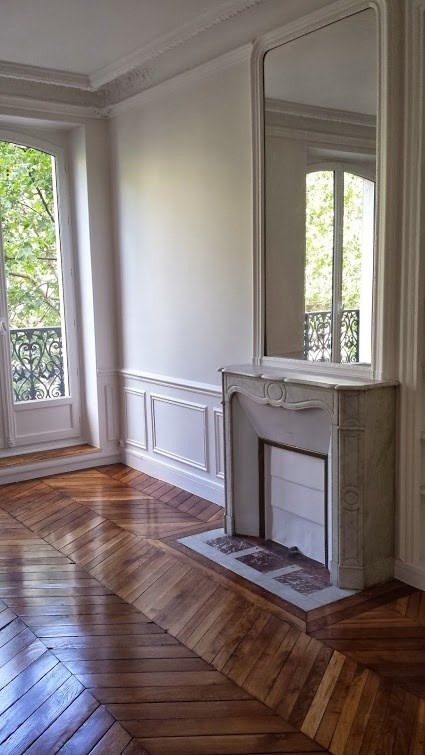 Location appartement Paris 2ème 2 400€ CC - Photo 1