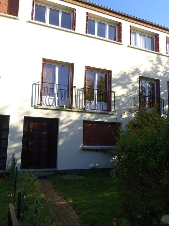 Location maison / villa Maurepas 1175€ CC - Photo 1