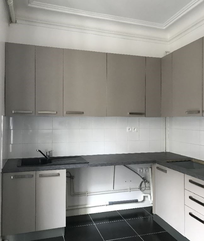 Rental apartment Paris 8ème 3 150€ CC - Picture 3