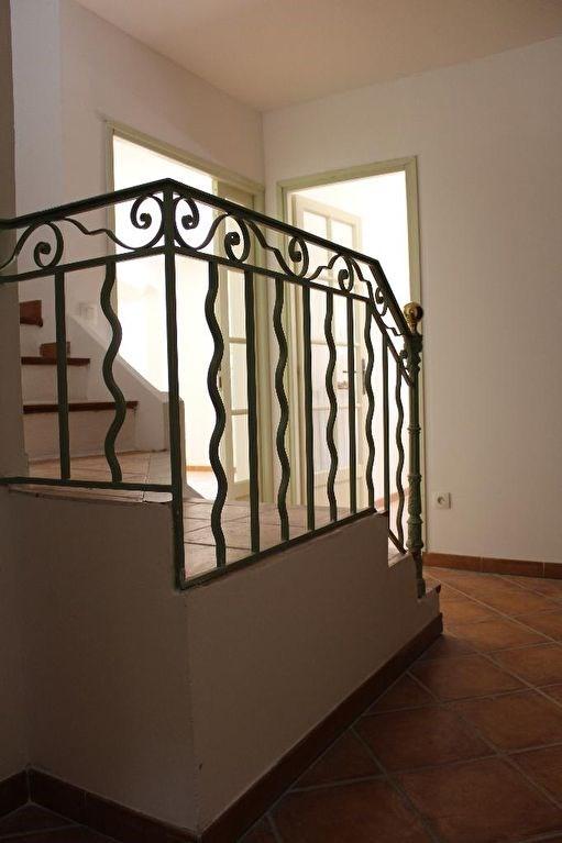 Location maison / villa Venelles 2200€ +CH - Photo 14