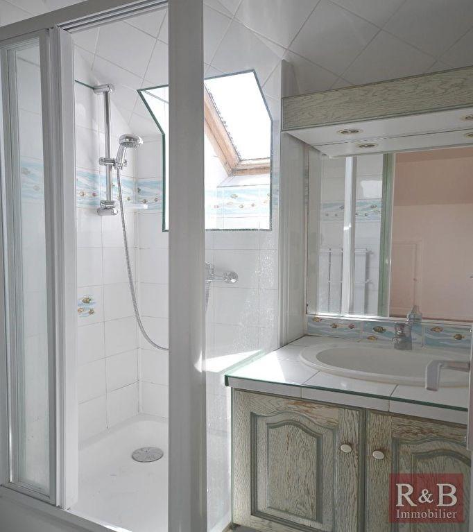 Sale house / villa Les clayes sous bois 368000€ - Picture 11