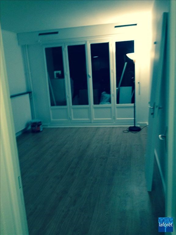 Location appartement Levallois perret 805€ CC - Photo 2