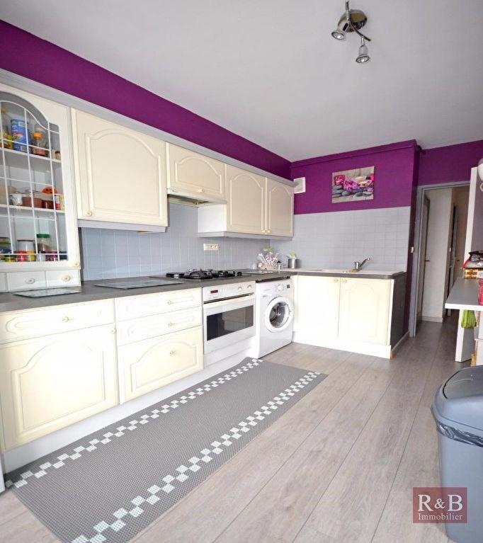 Sale apartment Plaisir 172500€ - Picture 3