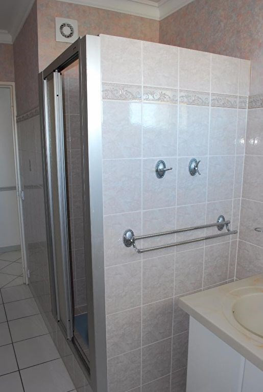 Sale apartment Royan 225000€ - Picture 11
