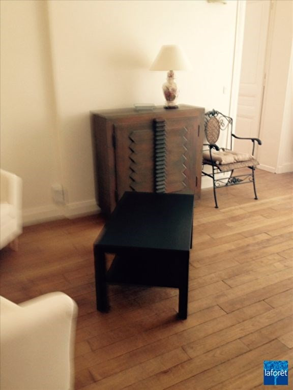 Location appartement Levallois perret 988€ CC - Photo 2