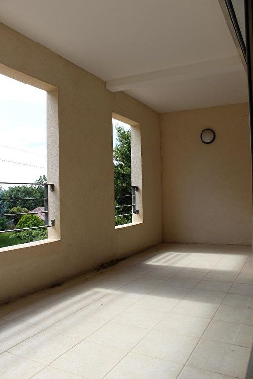 Sale apartment Lambesc 249 000€ - Picture 2