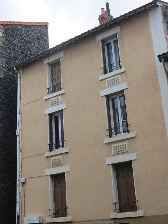Sale building Clermont ferrand 307400€ - Picture 1