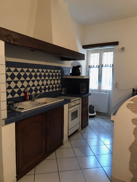 Location appartement Lambesc 710€ CC - Photo 2