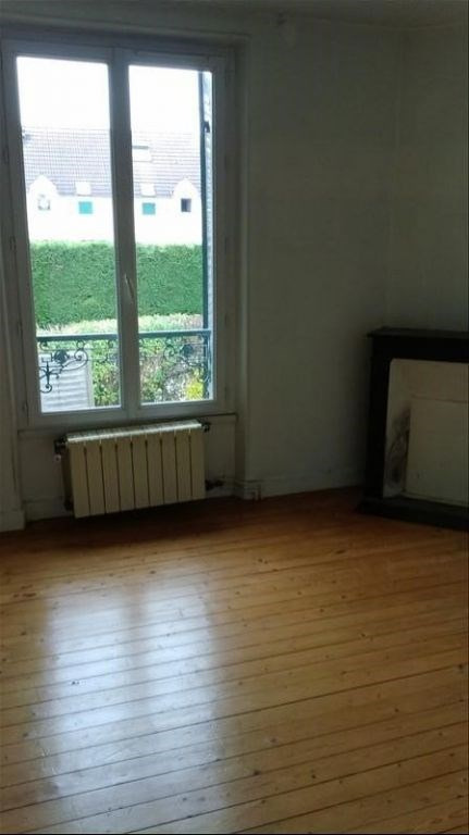 Location maison / villa Leuville sur orge 947€ CC - Photo 3