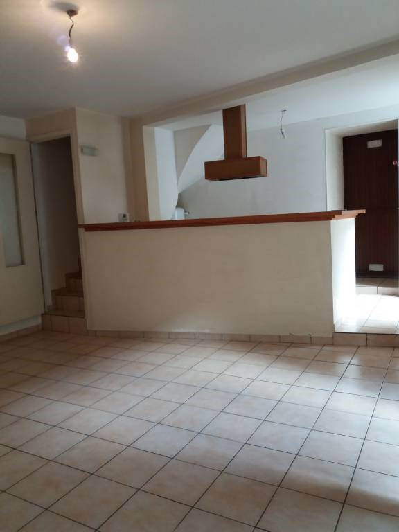 Location appartement Linas 796€ CC - Photo 1