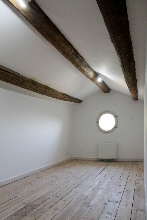 Location maison / villa Rognes 2250€ +CH - Photo 9