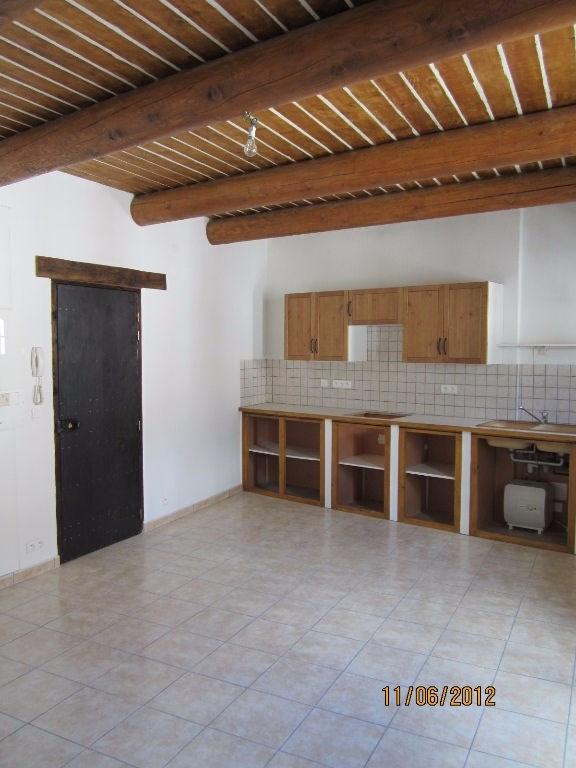 Location appartement Lambesc 640€ CC - Photo 4