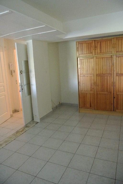 Location appartement Cagnes sur mer 450€ CC - Photo 2