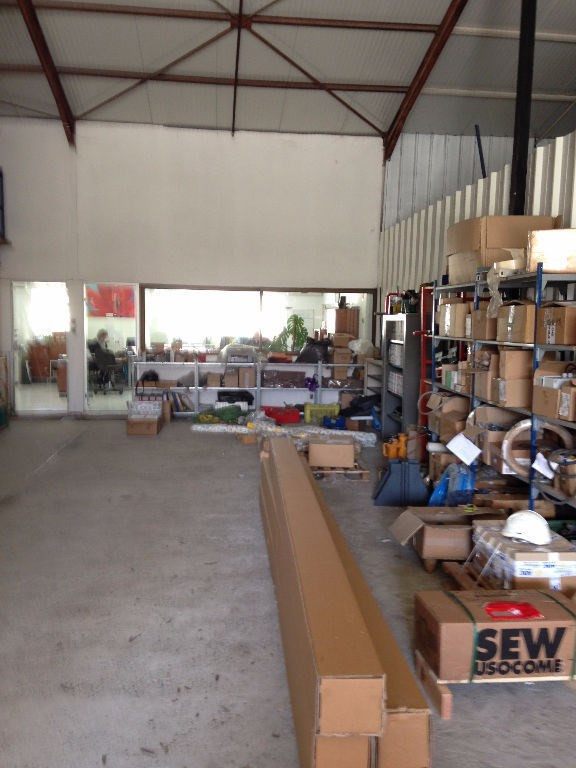 Location local commercial Cornebarrieu 2 124€ CC - Photo 4
