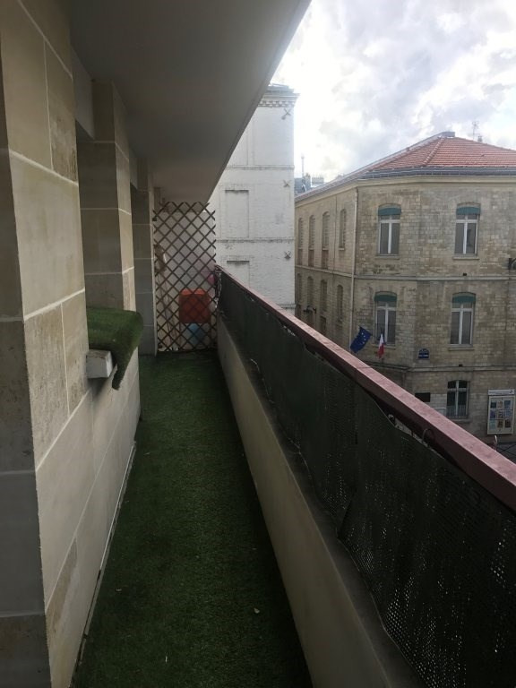 Location appartement Paris 11ème 1 683€ CC - Photo 7