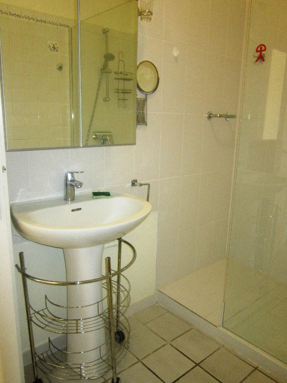 Affitto appartamento Lambesc 650€ CC - Fotografia 6