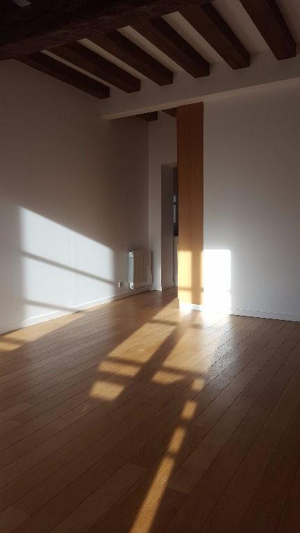 Rental apartment Saint germain en laye 1291€ CC - Picture 2