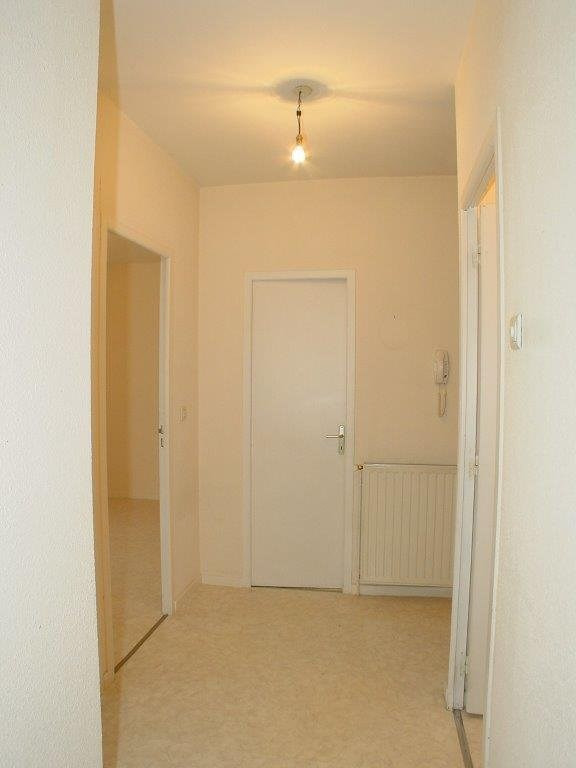 Sale apartment St agreve 50 000€ - Picture 3