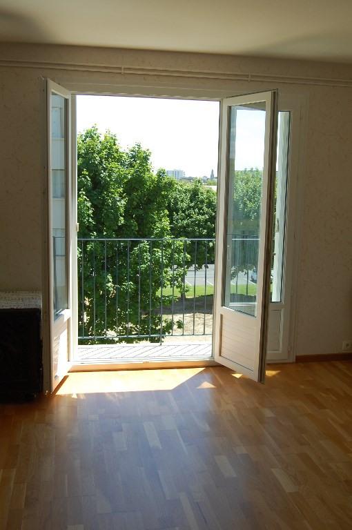 Sale apartment La rochelle 154500€ - Picture 1