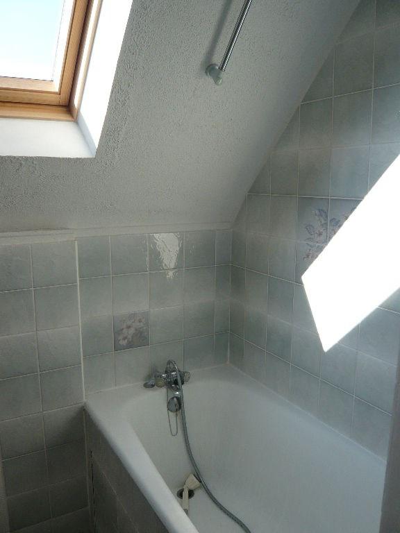 Location appartement Laval 379€ CC - Photo 3