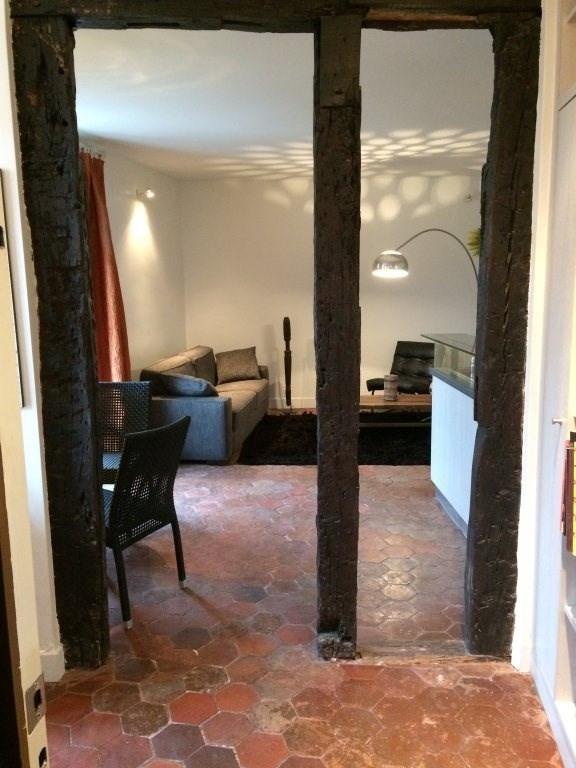 Location appartement Paris 4ème 1146€ CC - Photo 4