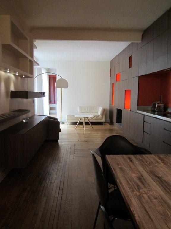 Rental apartment Paris 20ème 1750,01€ CC - Picture 2
