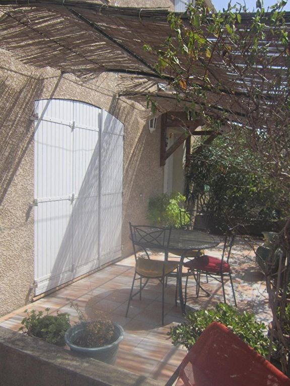 Location maison / villa Lambesc 1 170€ CC - Photo 12