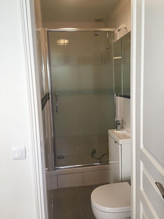 Location appartement Levallois perret 940€ CC - Photo 3