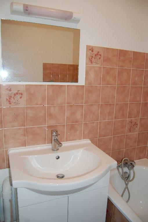 Sale apartment La rochelle 133500€ - Picture 2