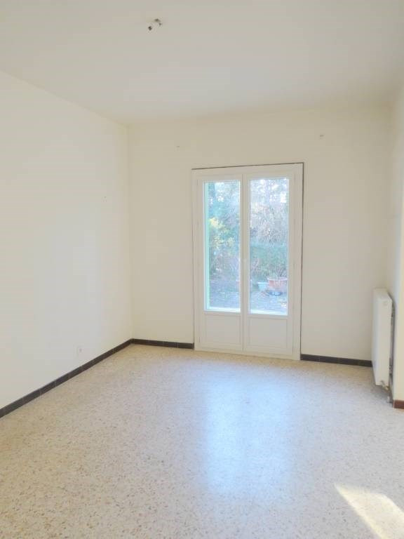 Location maison / villa Avignon 895€ CC - Photo 6