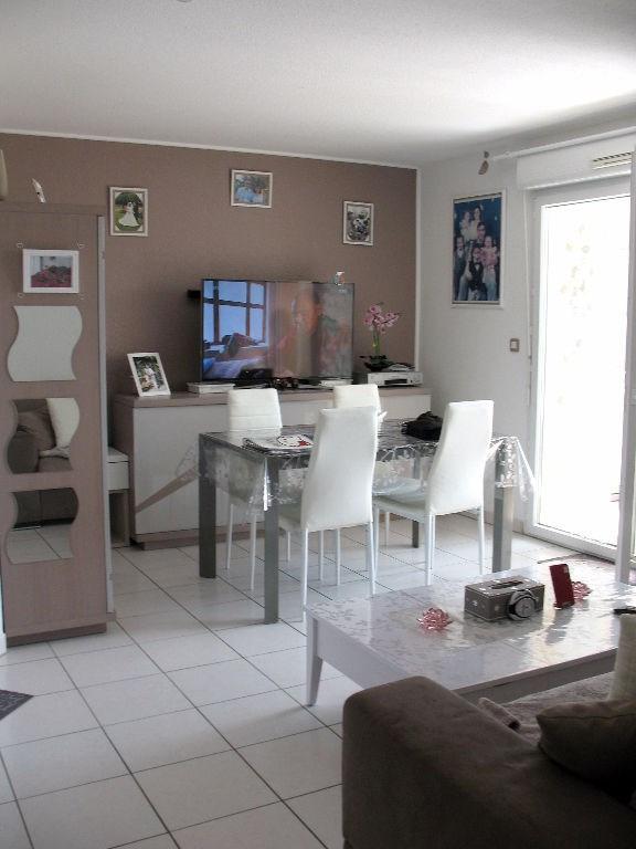 Investment property apartment Etaules 99500€ - Picture 8