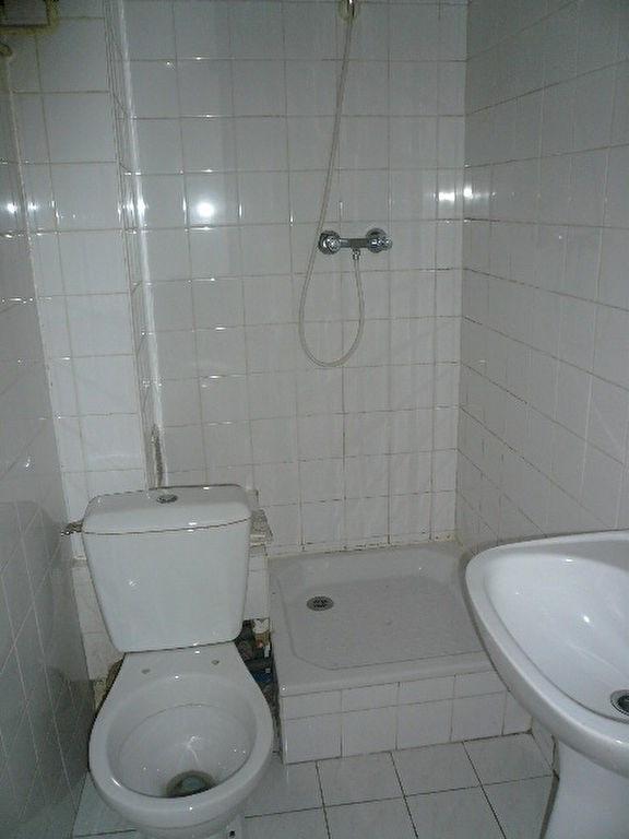 Rental apartment Nice 580€ CC - Picture 4
