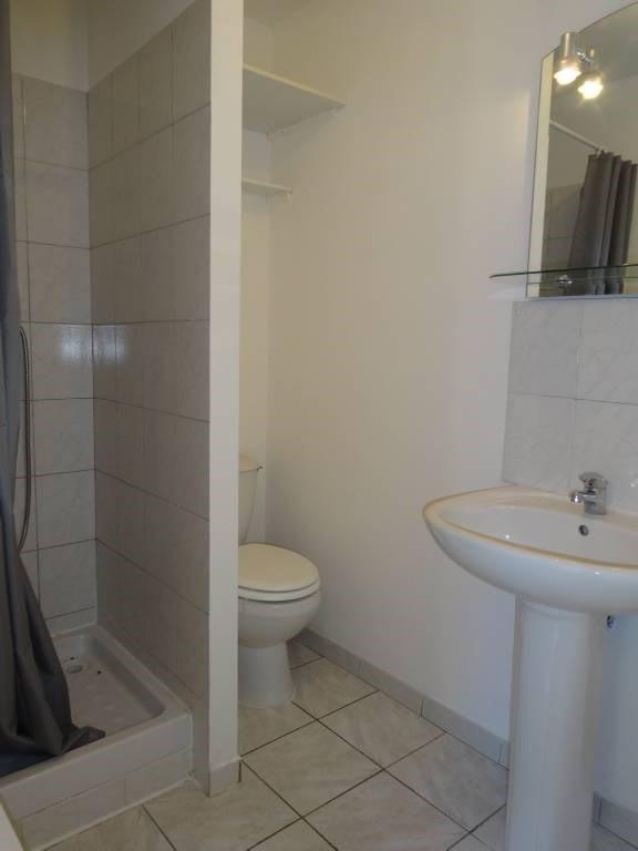 Location maison / villa Morieres-les-avignon 566€ CC - Photo 8