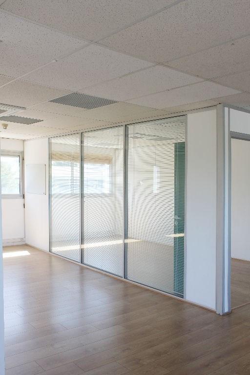 Rental office Aix en provence 2299€ HC - Picture 3