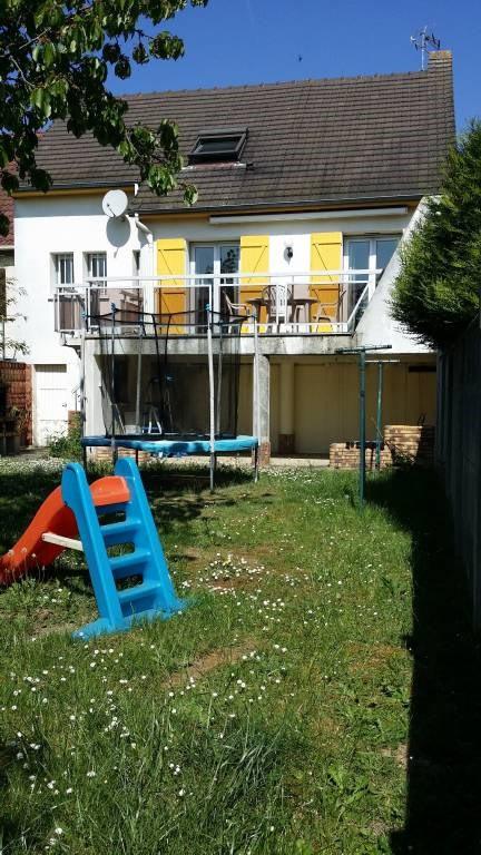 Sale house / villa Ollainville 250500€ - Picture 1