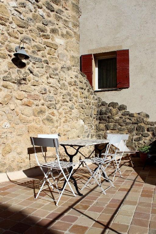Rental apartment Rognes 550€ CC - Picture 1