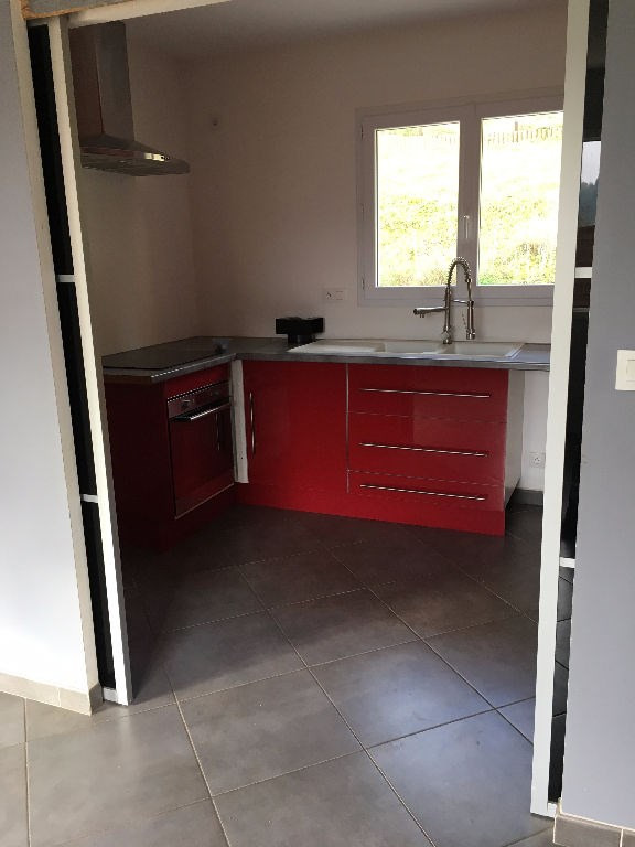 Rental house / villa Bourgoin jallieu 950€ CC - Picture 4