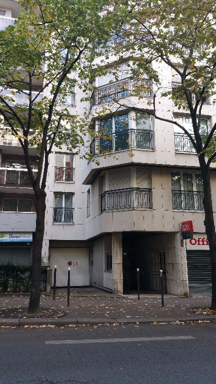 Rental parking spaces Paris 15ème 100€ CC - Picture 2